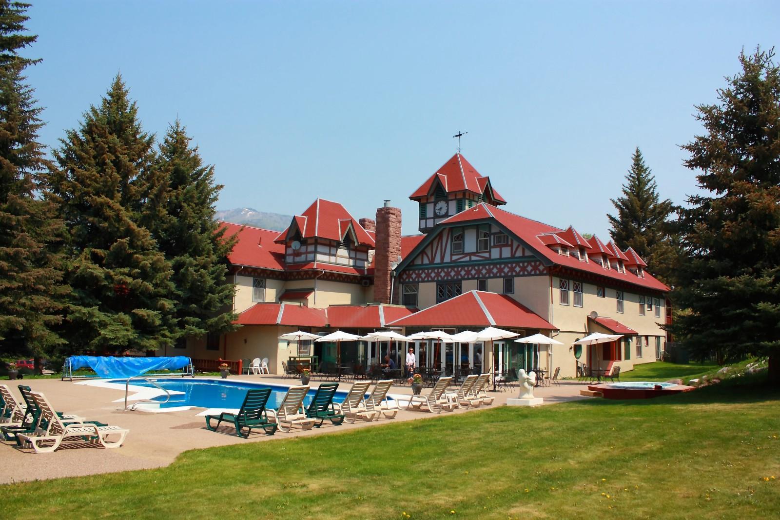 Redstone Inn Pool