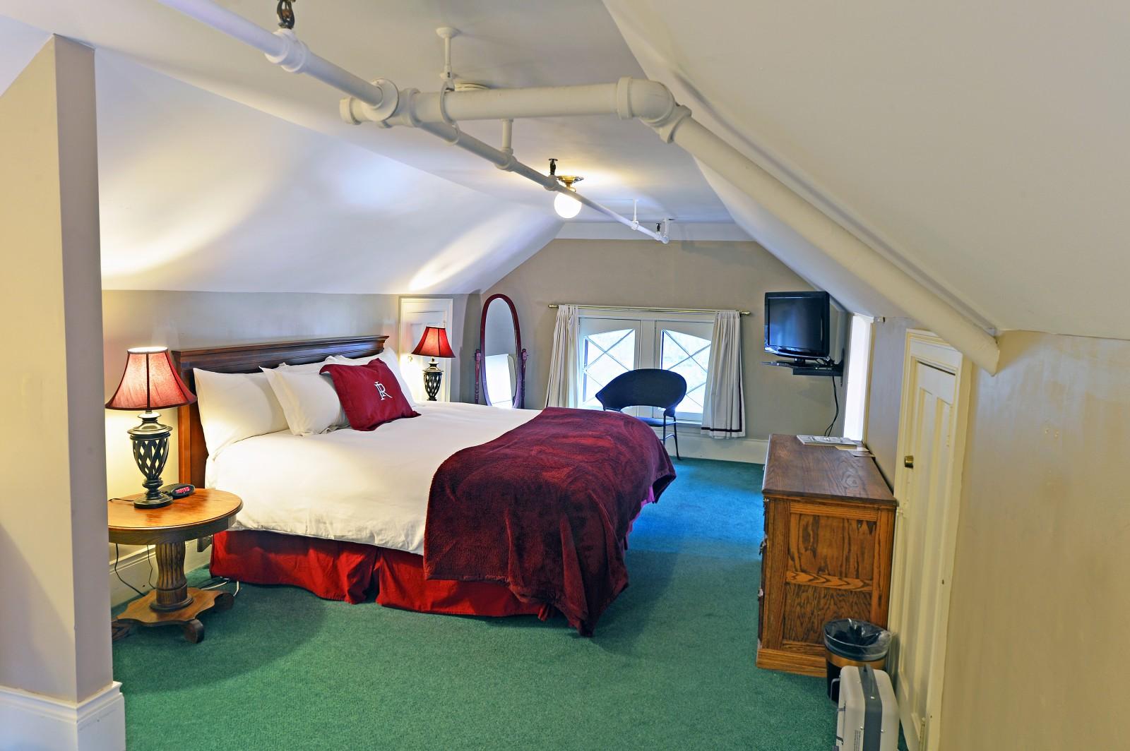 Redstone Inn Vintage Hotel Suite, Colorado