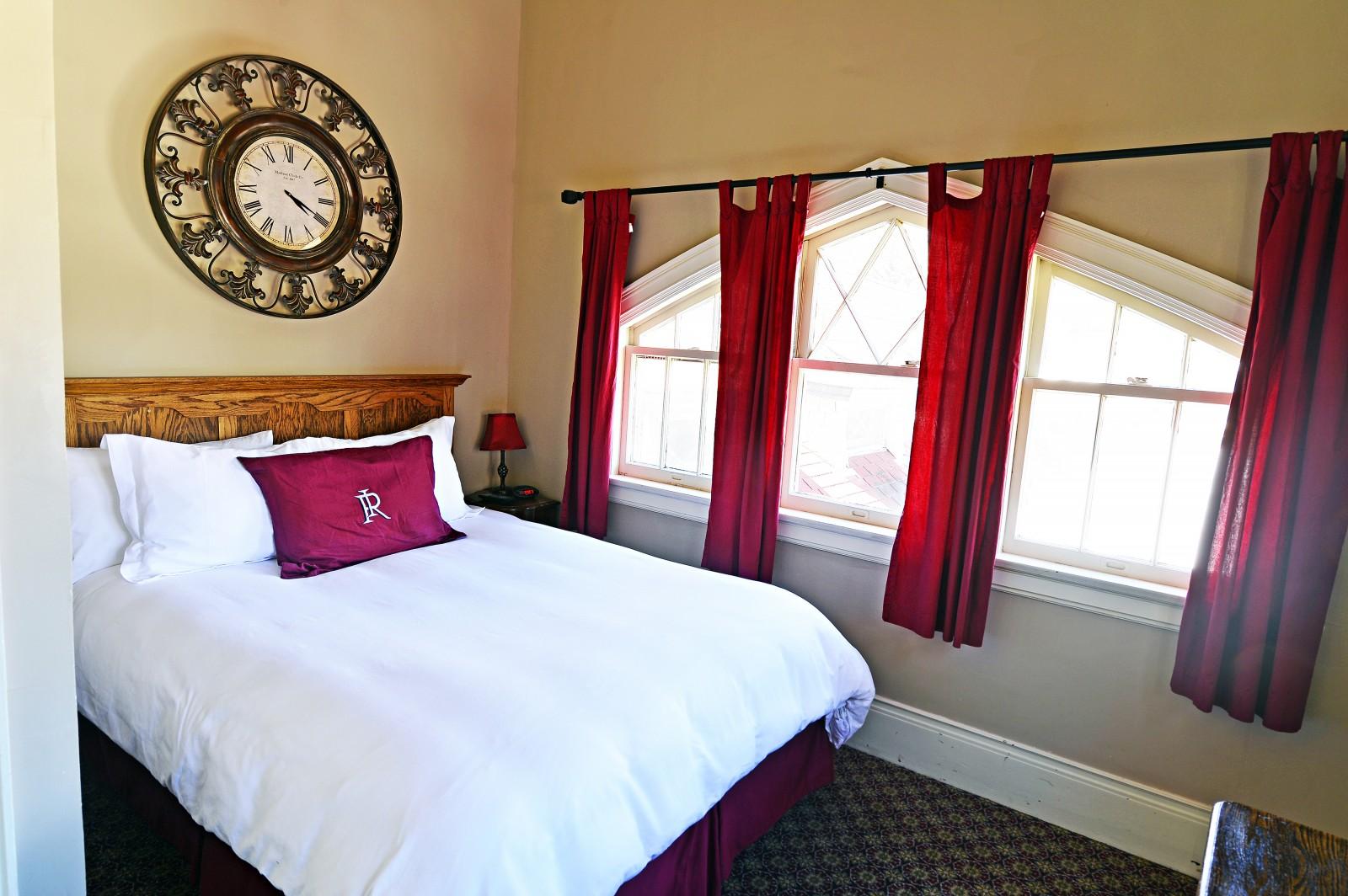 Redstone Inn Tower Hotel Room, Colorado