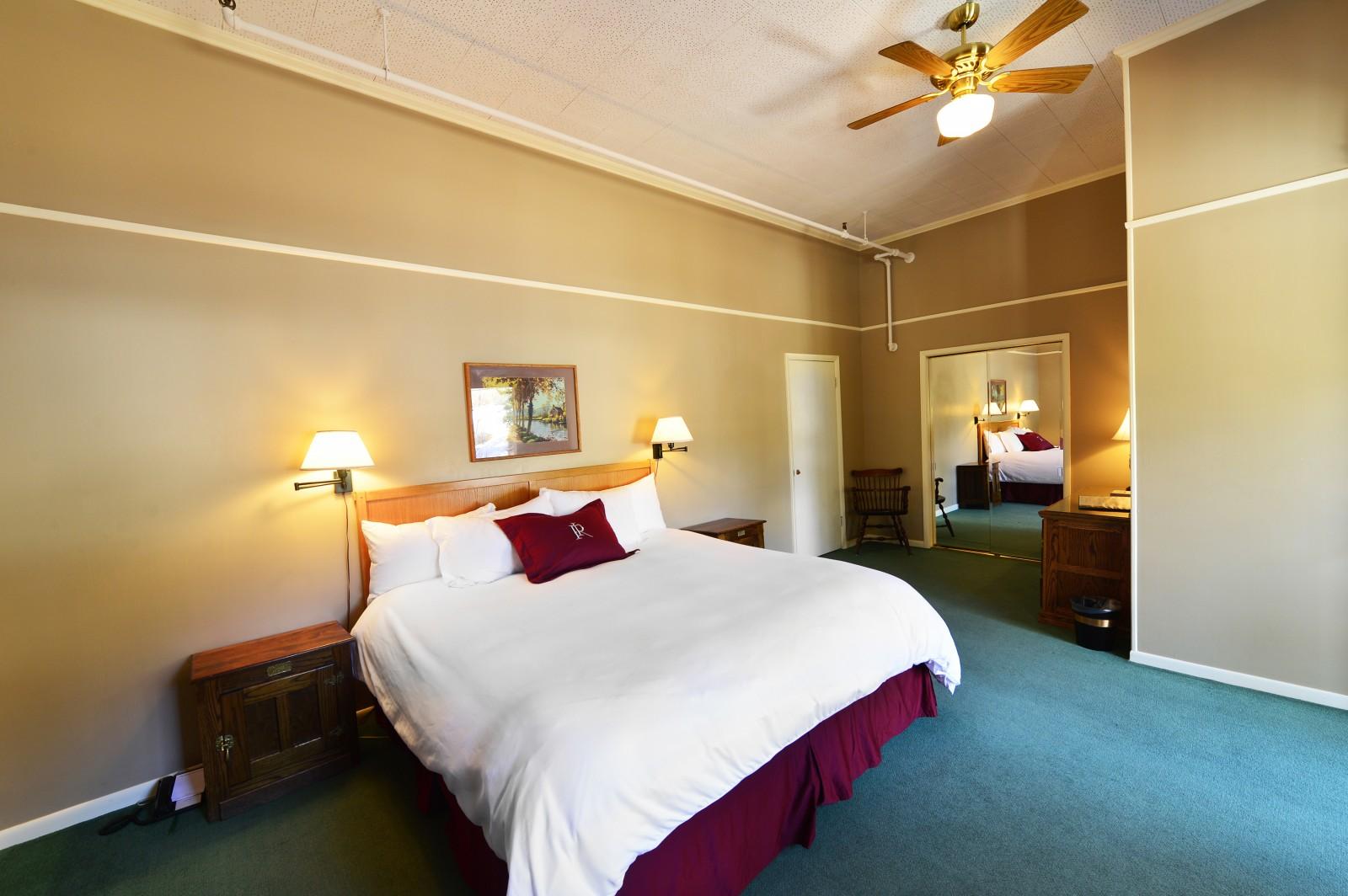 Redstone Inn, Historic Hotel in Colorado