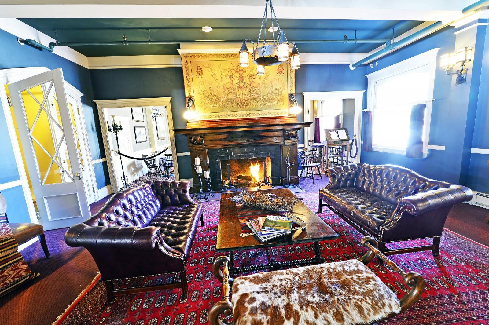 Redstone Inn Fireplace Commons Room